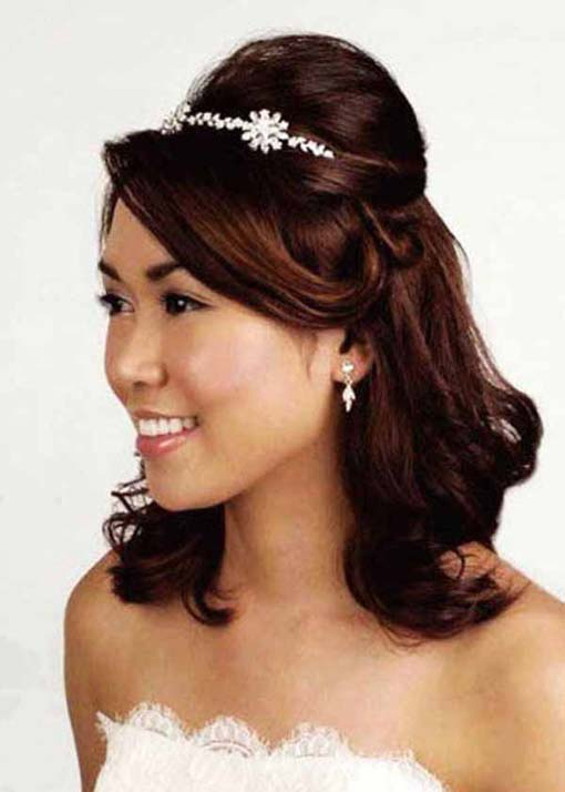 Half Up Tiara Wedding Hairstyles The New Fashion And Trends
